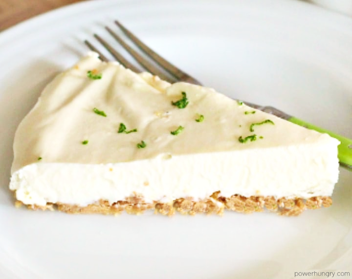 No-bake vegan cashew cream lime pie slice
