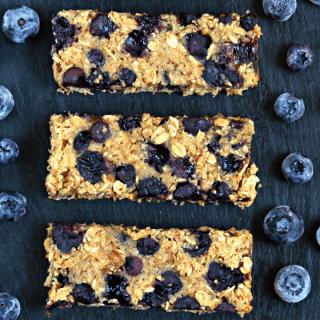 Blueberry Muffin Breakfast Bars {GF & Vegan}