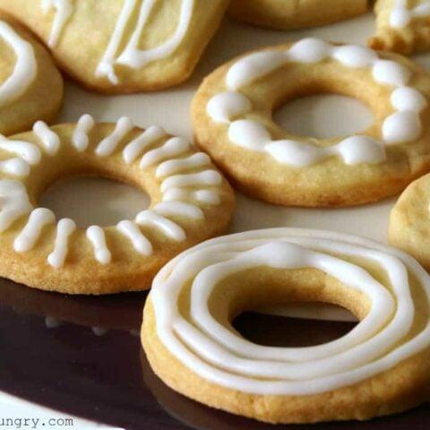 Maple Almond Flour Cut-Out Cookies {vegan, grain-free}