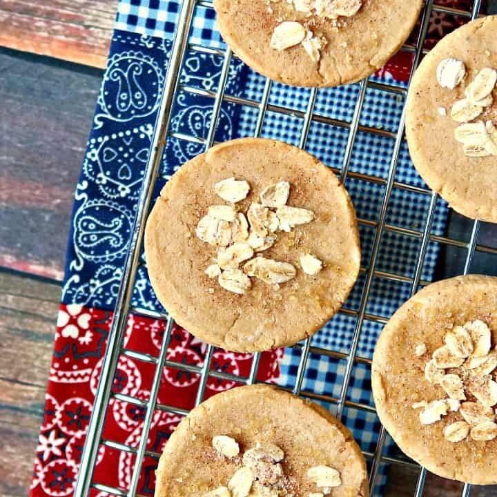 Apple Pie Protein Bars {vegan, gluten-free, no-bake}