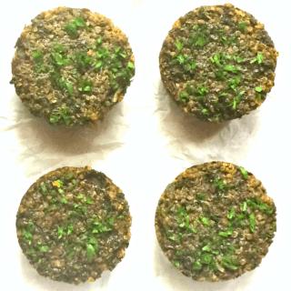 #79: Mushroom, Kale & Quinoa Pucks {glutenfree+vegan}