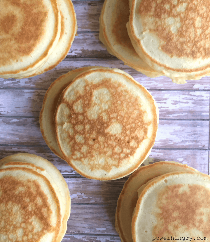 Blender oat pancakes vegan gluten free flourless power hungry raise your other hand if you need some fluffy almost effortless pancakes to set everything right ccuart Image collections
