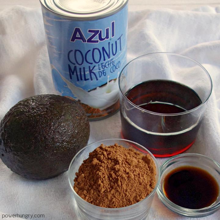 the five ingredients needed t make vegan chocolate avocado ice cream