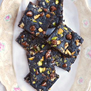Tiger Nut Flour Brownies {paleo & vegan}