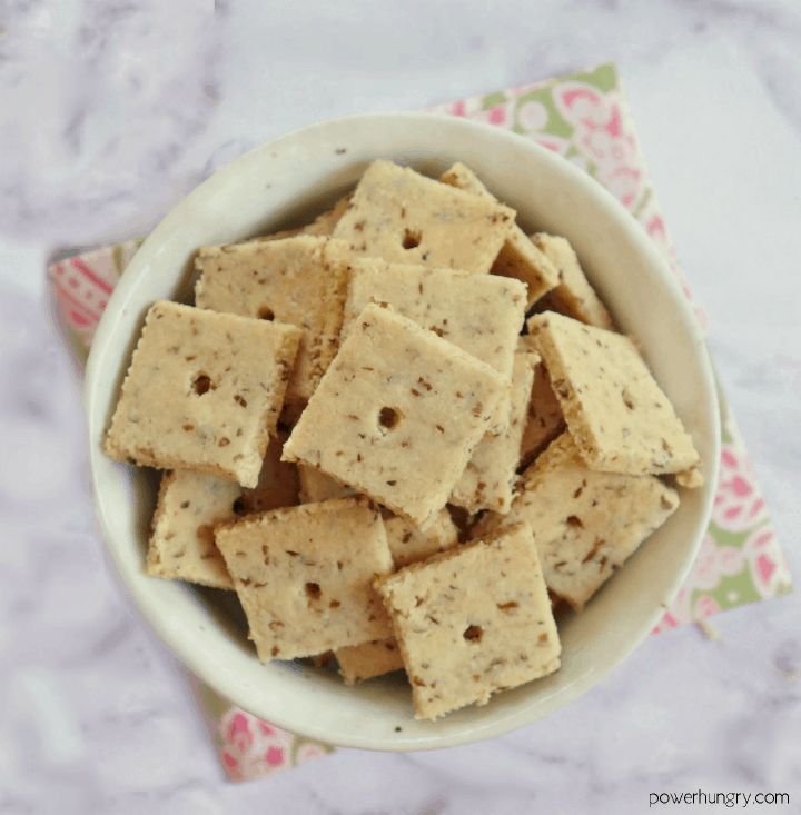 almond flour flax crackers in a small dish