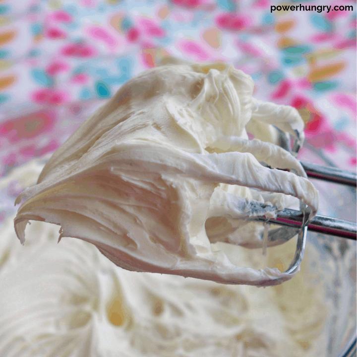 Easy Vegan Vanilla Buttercream {no cornstarch}
