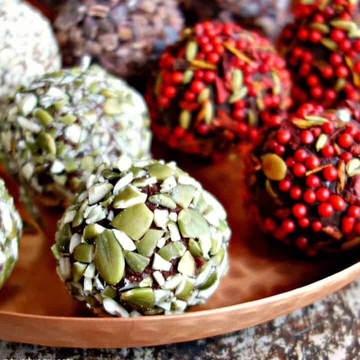 3-Ingredient Chocolate Date Truffles {vegan, paleo, nut-free}