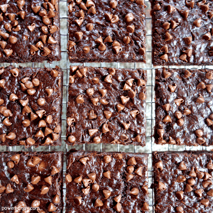 Overhead shot of 9 brownies on a wire cooling rack