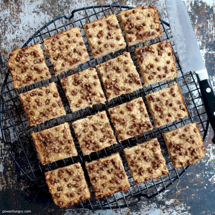 Cut oat and almond flour banana bars on cooling rack